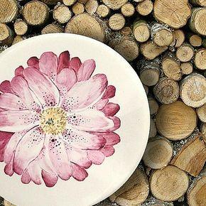Azarraluqui y sus platos pintados a mano - Jas Claire