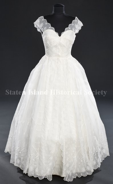 Woman's 2-piece wedding gown 1951-Have to admit. . love the vintage wedding gowns.  It's just so pretty. .