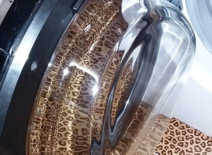 отмытая дверца стиральной машины