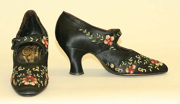 """VanderBiltmore Style"": Ladies Shoes, Date: 1900–1920, Culture: French."