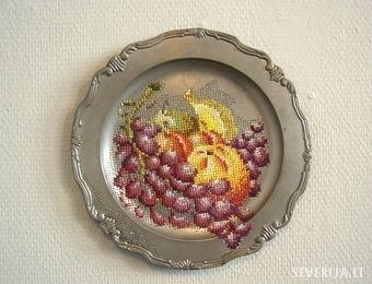 """Art of Severija Inčirauskaitė - Kriaunevičienė: - """"Faded rococo"""". Embroidered metal objects"""