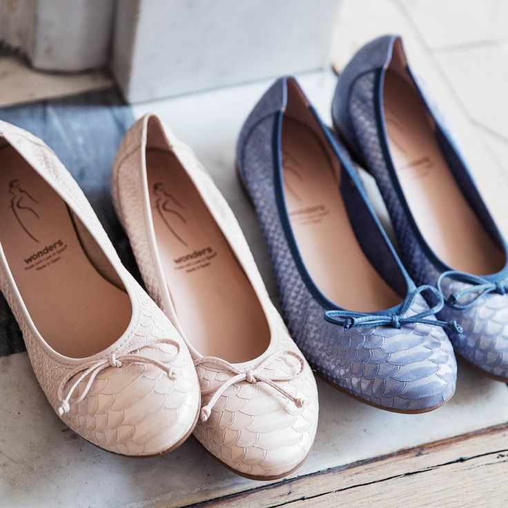 What would Parisian style be without a pair of flats? #stockalovesparis