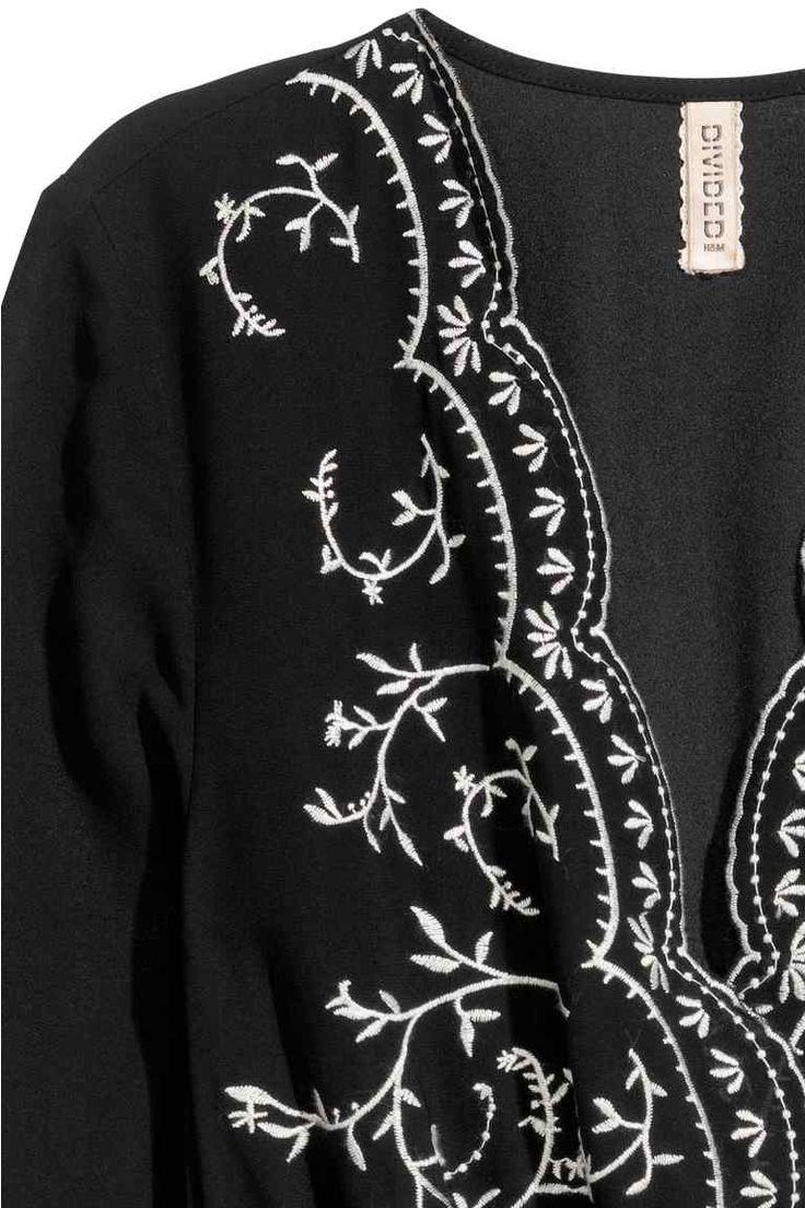 Wyszywana sukienka   H&M