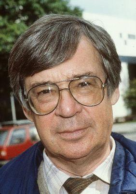 Theo Koomen (Wervershoof, 20 mei 1929 – Schermerhorn, 5 april 1984) was een Nederlands sportverslaggever. Koomen versloeg vele verschillende sporten, maar vooral wielrennen, schaatsen en voetbal.  Het ongebreidelde enthousiasme van Koomen maakte hem de meest populaire verslaggever van zijn tijd.