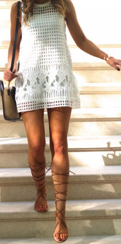 b4a915fdd78f This outfit looks so cute with these gladiator sandals!