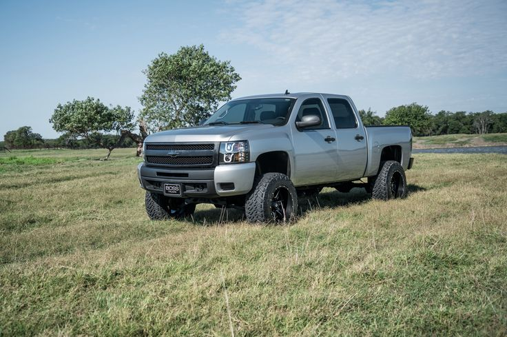 BOSS Luxury & Custom Trucks 2011 Chevrolet Silverado 1500 silver