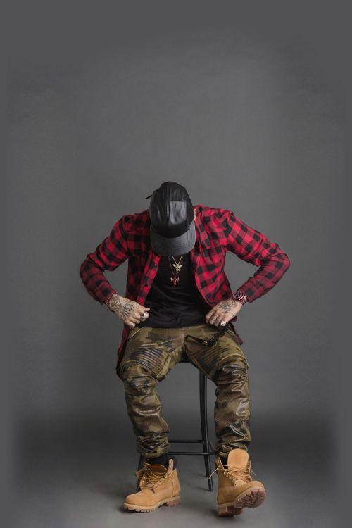 die besten 17 ideen zu hip hop mode auf pinterest hip hop outfits hip hop stil und swag. Black Bedroom Furniture Sets. Home Design Ideas