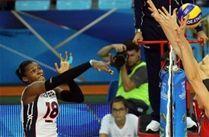 Equipo de voleibol en la rama femenina dominicana se le entregó una derrota rompecorazones recientemente por China, en cinco sets durante la tercera ronda del Grupo H. Campeonato Mundial de Voleibol que tienen lugar en Italia.
