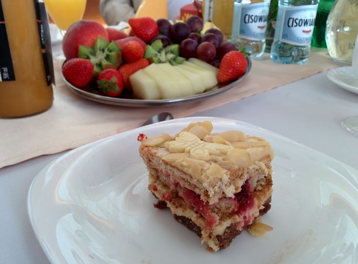 Wiśniowa chałwa - ciasto bez pieczenia