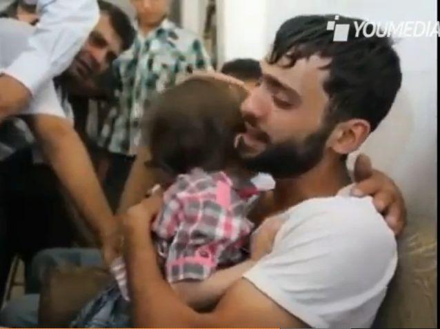 #SIRIA, IL PADRE RIABBRACCIA IL FIGLIO CHE CREDEVA MORTO [VIDEO] http://www.digita.org/siria-il-padre-riabbraccia-il-figlio-che-credeva-morto-video/