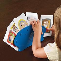card holder: Kids Plays, Kids Stuff, Kids Ideas, Cards Holders, Card Holders, Playing Cards, Cards Games, Plays Cards, Eye Glasses