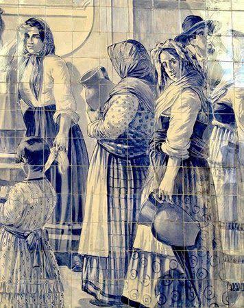 Portuguese painted tiles of XIX century women