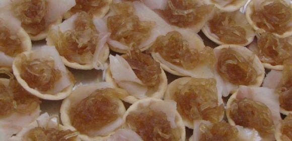 entrantes para la cena - bacalao con cebolla caramelizada