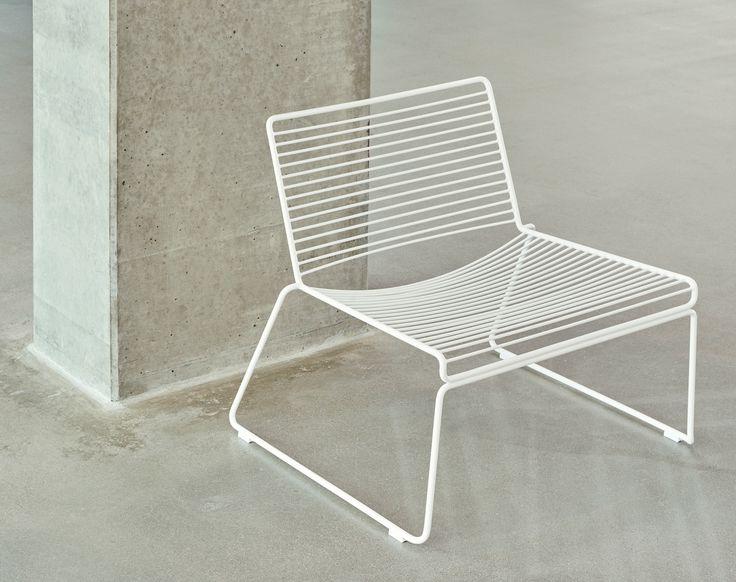 Hee lounge chair.