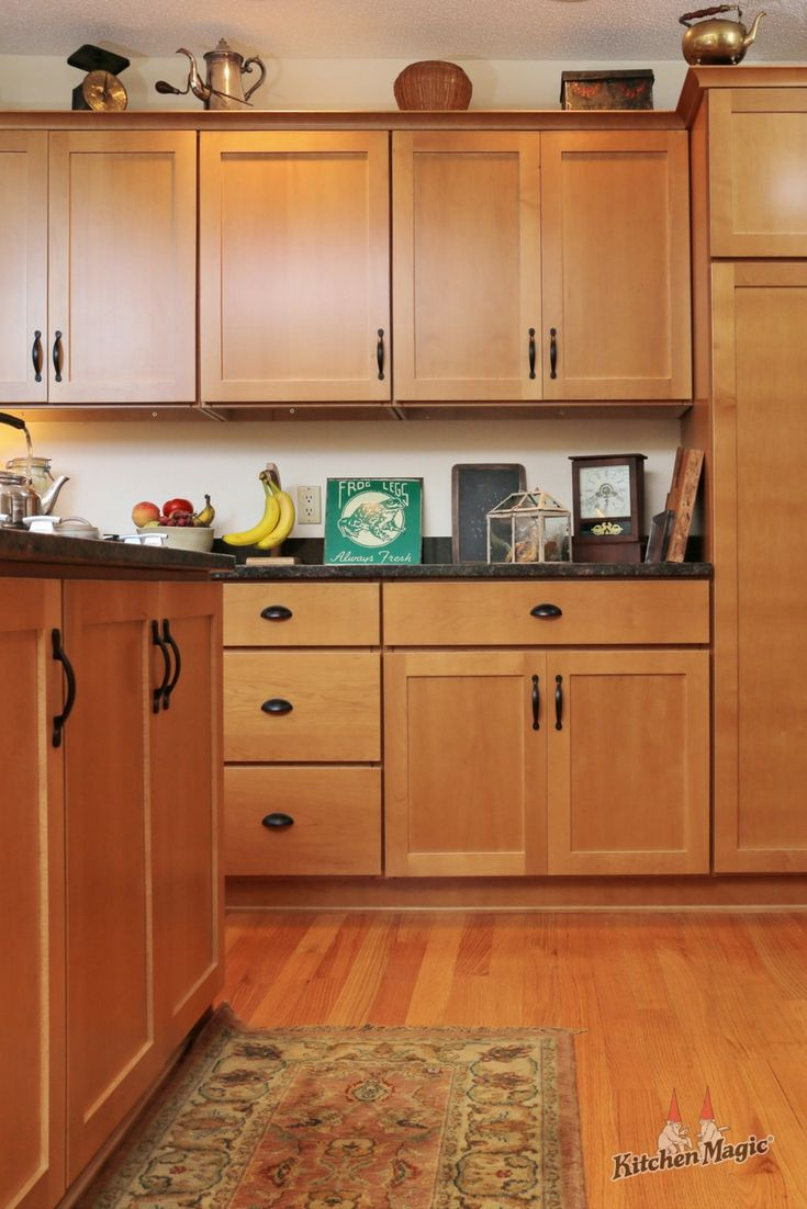 Never Overlook The Power Of Simplicity Robin S Sharma This Simple Yet Stylish Kitche Kitchen Cabinet Styles Kitchen Renovation Custom Kitchen Cabinets
