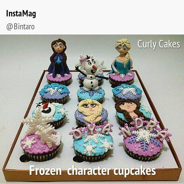 Frozen character cupcakes