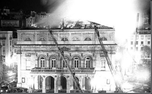 1964 Incendio Teatro D. Maria II (2 Dez)