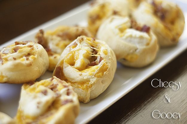 easy breakfast food: Cheesy Bacon, Bacon Cheese, Bacon Fillings, Cream Cheese, Bacon Pinwheels, Cheese Appetizers, Cheddar Cheese, Fillings Crescents, Crescents Rolls