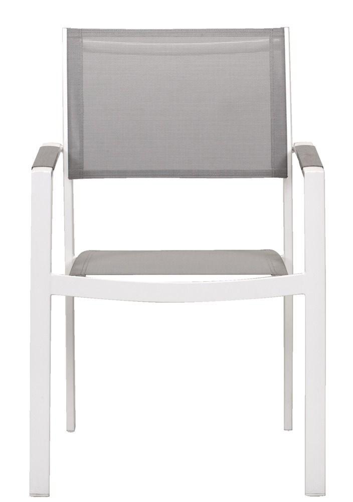 Le Sud stapelstoel Valencia: met deze witte stoelen en bijbehorende tafel creeer ik een strakke en toch frisse eethoek in de tuin die goed past bij de griekse stijl