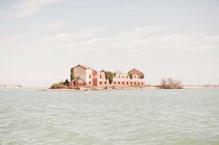 Claudia Corrent: Insulae