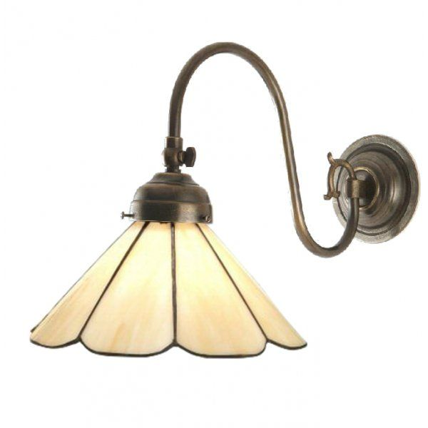 Classic British Lighting FLEMISH single brass Victorian wall light with Tiffany shade