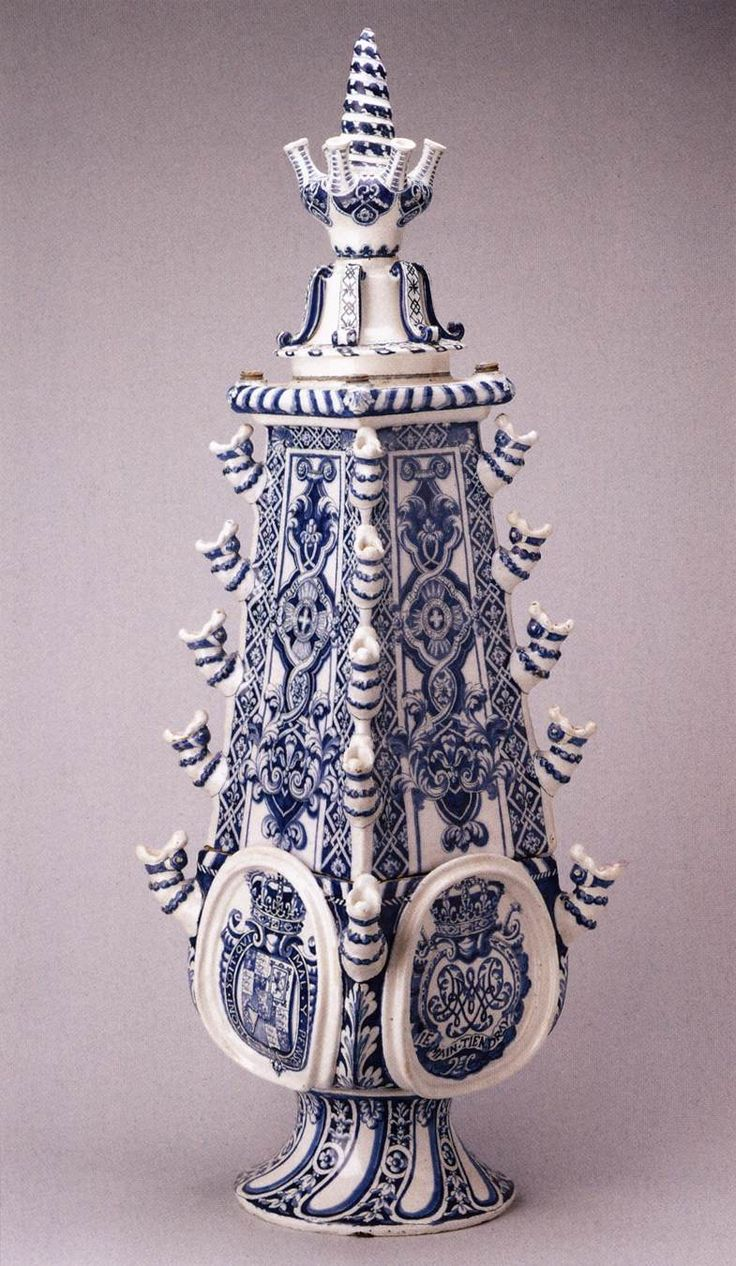 Tulip Vases with the arms of Wilhelm III 1690