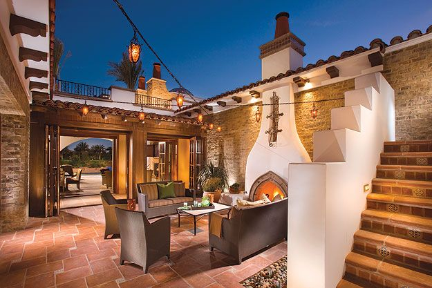 Spanish Style Homes With Courtyards Eric Figge Courtesy South Coast Architects New House Pinterest
