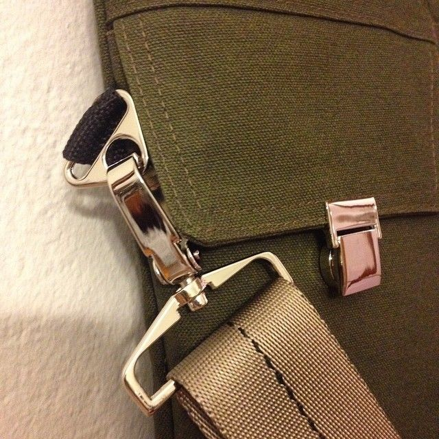 SS15 close-up handmade handbag made with brushed 100% cotton canvas in khaki green