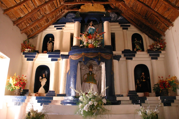 Interior Iglesia de San Pedro de Aracama / Inside San Pedro de Atacama Church, II región, Chile.