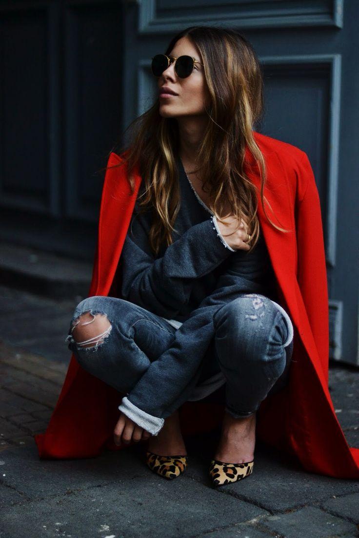 manteau rouge + escarpins léopard