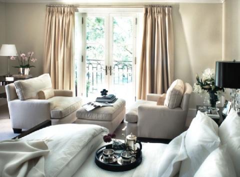 glam!!: Grey Bedrooms, Bedrooms Sit Area, Bedrooms Window, French Doors, Chairs, Master Bedrooms, Olson Bedrooms, Candice Olson, Beautiful Bedroomscloset