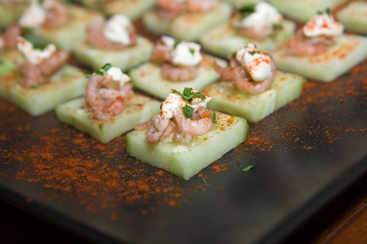 Easy cucumber and brown shrimp canapes nibbles for Canape wedding