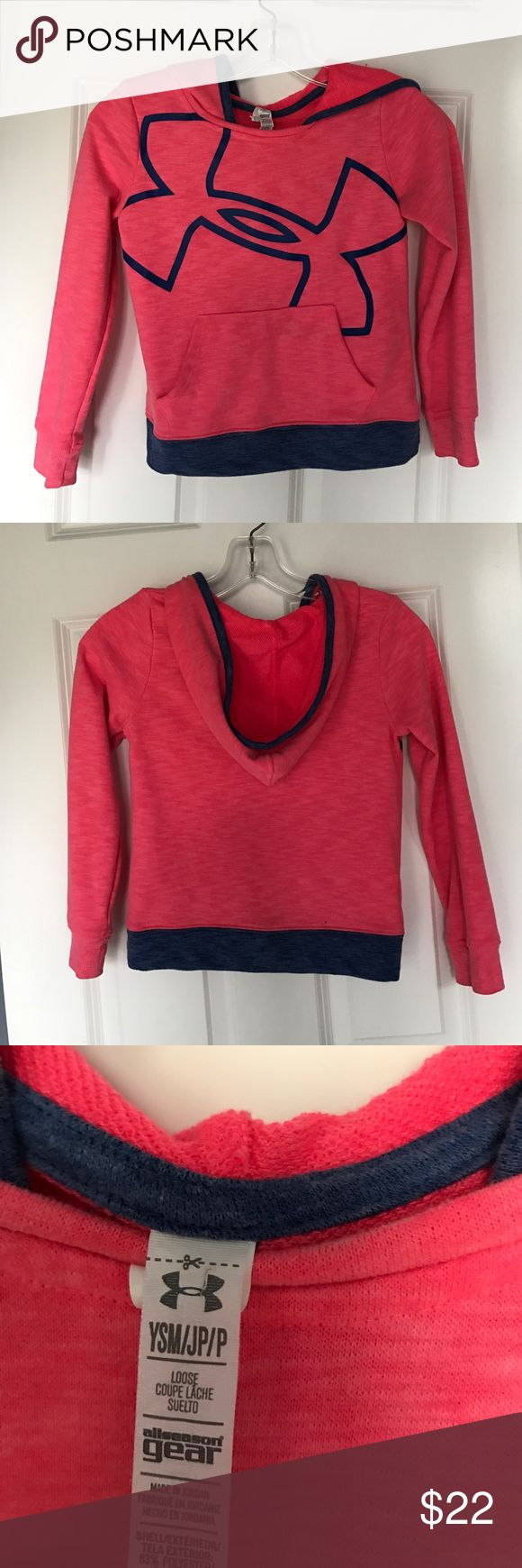 Girls Under Amour sweatshirt Cute hoodie in excellent condition Under Armour Shirts & Tops Sweatshirts & Hoodies