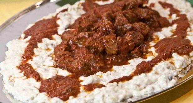 χουνκιάρ μπεγεντί: κοκκινιστό κρέας με πουρέ μελιτζάνας - Pandespani.com