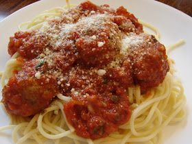 A Bear in the Kitchen: Pioneer Woman Spaghetti and Meatballs