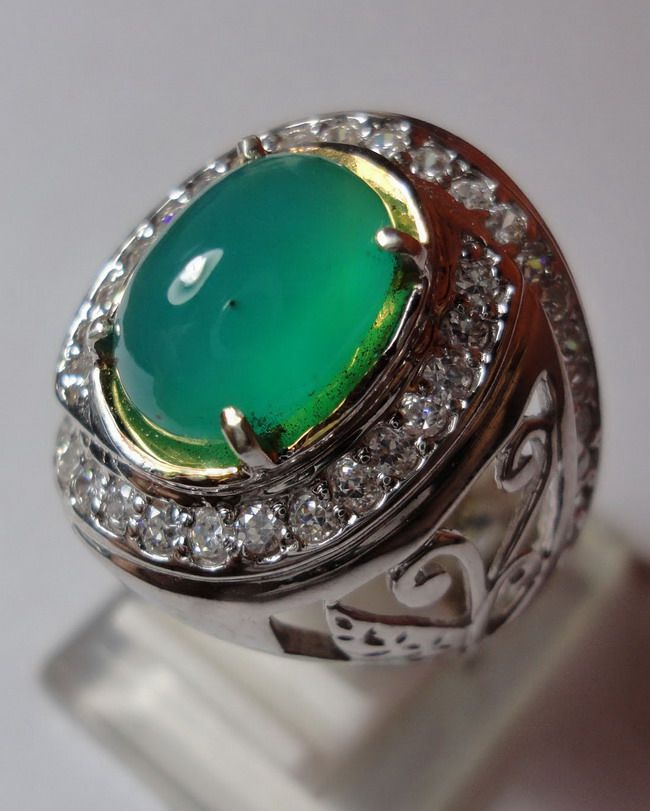 palamea-cristal-bacan-green