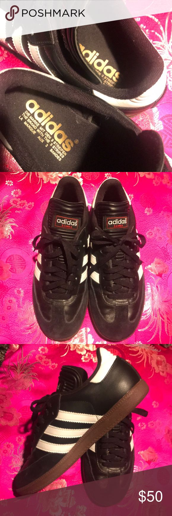 Men's Adidas Samba Sz 6.5 (Ladies 8) Store display shoe-like new! Inside, outer sole, leather-suede in mint condition! adidas Shoes Athletic Shoes