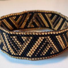 Bracelet doré tissage peyote en perles miyuki