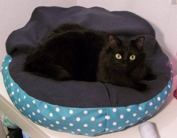 Cat/small dog snuggle bed DEN N. by KOKOTbyAnnHell on Etsy