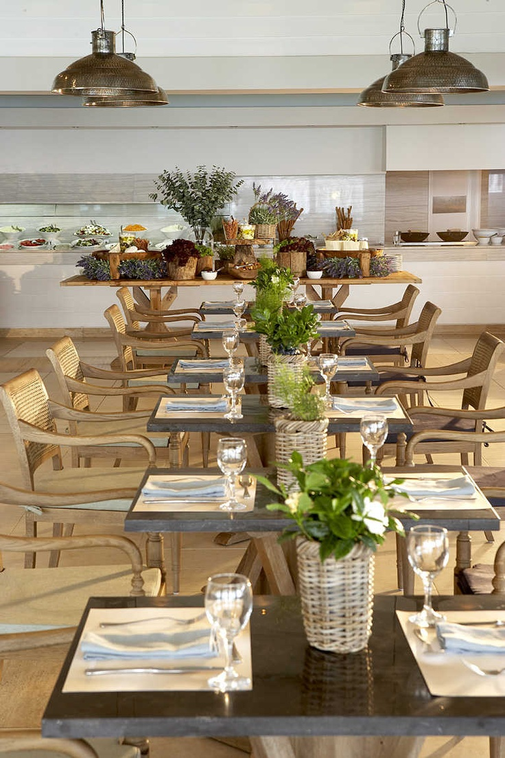 Sani Beach Club Olympus Restaurant. Casual dining in a contemporary setting. Location: Halkidiki, Greece