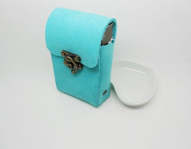 étui de paquet à cigarettes en cuir nubuck bleu de la boutique bout2bijoux sur Etsy