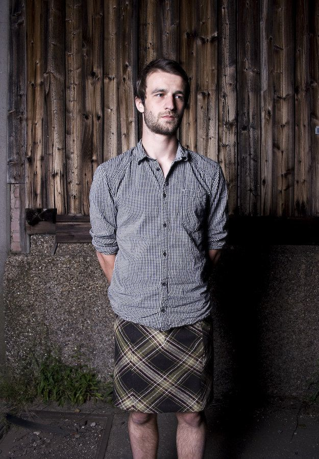 It's 2015, and regular dudes everywhere are getting into the man skirt trend. | 33 Men Rocking Skirts