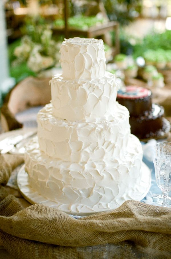 icing a wedding cake 46 best images about wedding cakes buttercream on 16262