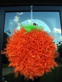 The Nifty Thrifty Family: DIY Pumpkin mesh wreath