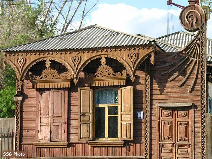 Les 3937 meilleures images du tableau datchas sur for Architecture russe