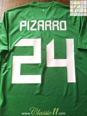 Relive Claudio Pizarro's 2011/2012 season with this original Nike Werder Bremen home football shirt.