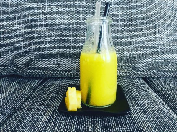 Videorecept: Limonáda z čerstvého ananásu - Osvieži letné noci a schladí letné dni :)