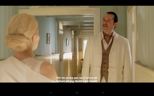 Love the Interior in the Danish TV-series Badehotellet. The style in Scandinavia around1920 have such lovely soft colour combinations.