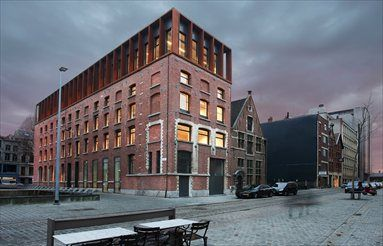 Kendall - Antwerp, Anversa, 2010. Transforming a warehouse into offices
