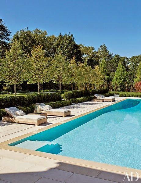 Chic Coastal Living A Southampton Beauty The Hamptons Pinterest Southampton Pool Houses